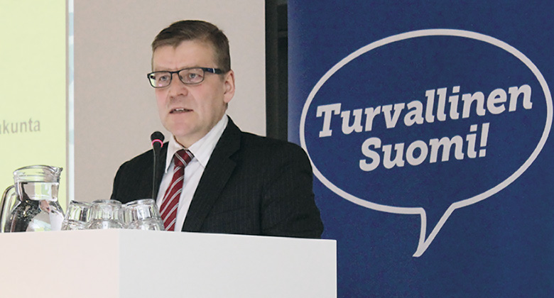 """Hätäkeskuslaitoksen uusi johtaja Vainio: """"Riittävä rahoitus varmistettava"""""""