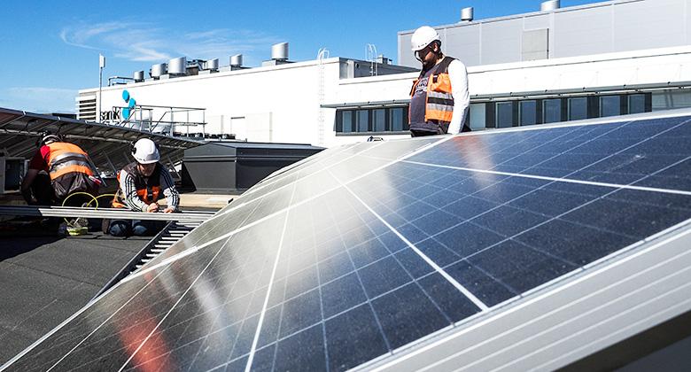 Aurinkosähkön turvallisuudesta uutta oppia pelastuslaitoksille