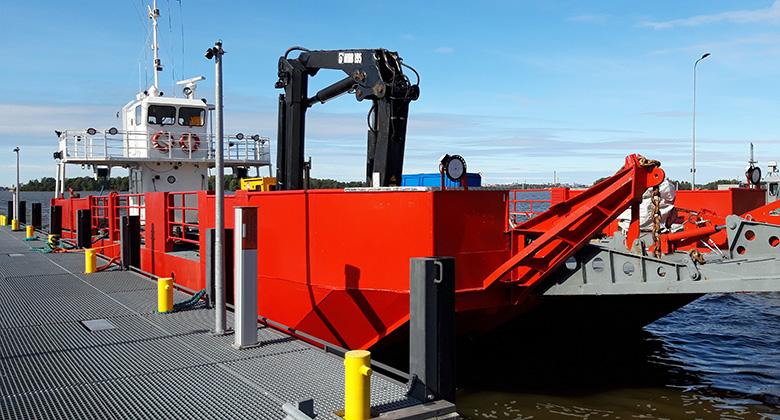 Uusi öljyntorjunta-alus tuo jykevää kuljetuskykyä Helsinkiin