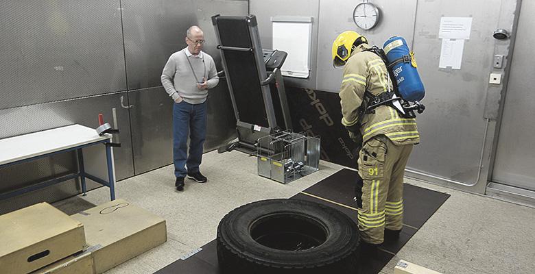 Sumusuihku on tutkitusti tehokas palomiehen palautumiskeino
